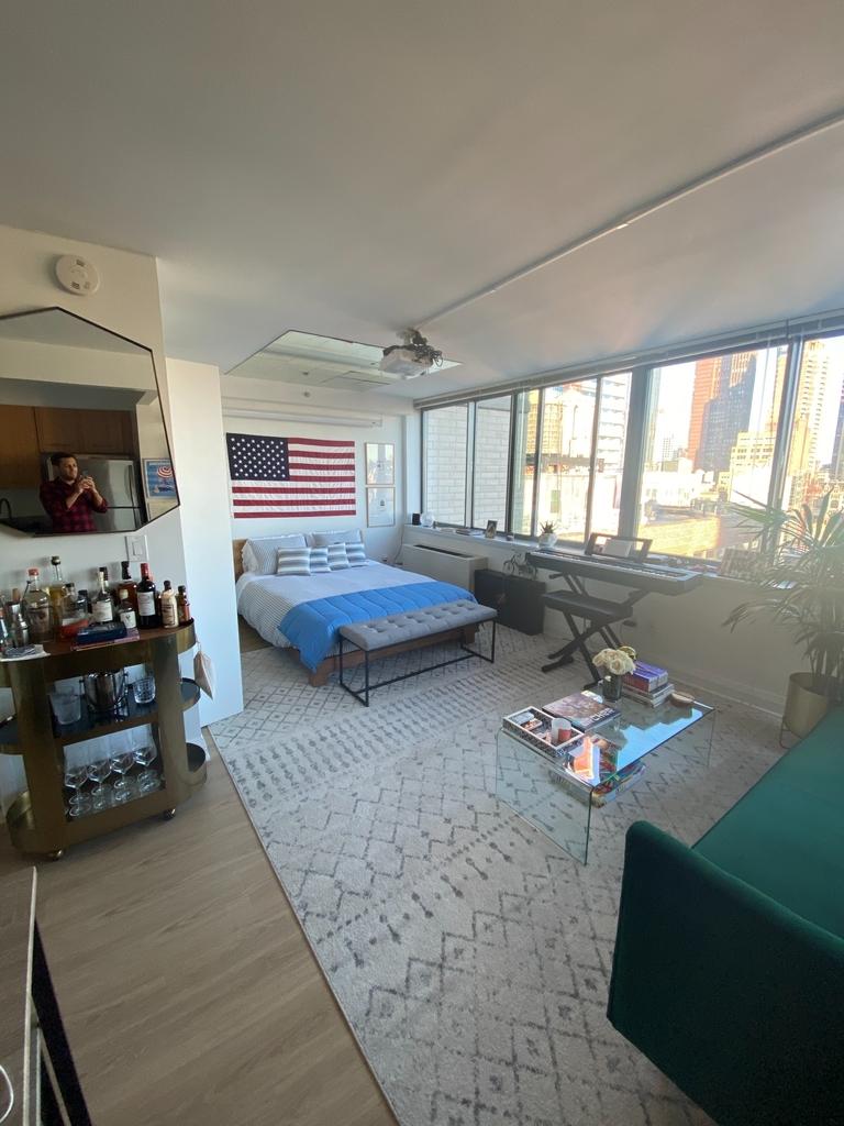 800 6th Avenue - Photo 0