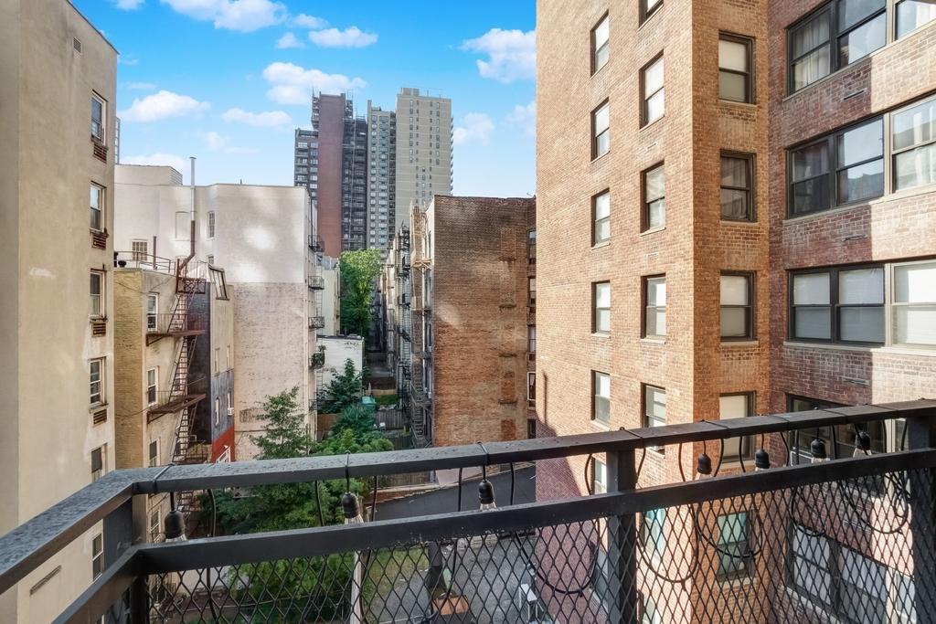 240 East 82nd Street - Photo 3