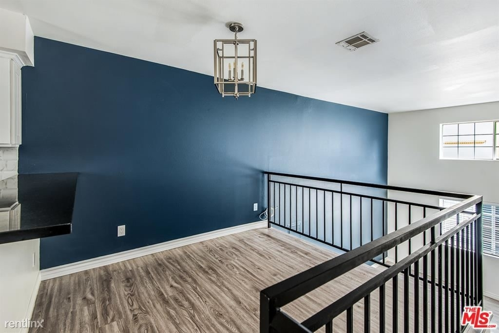 1817 Garfield Pl Apt 2 - Photo 6