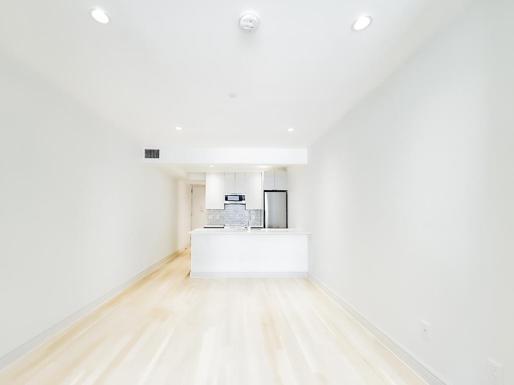405 East 78th Street - Photo 2