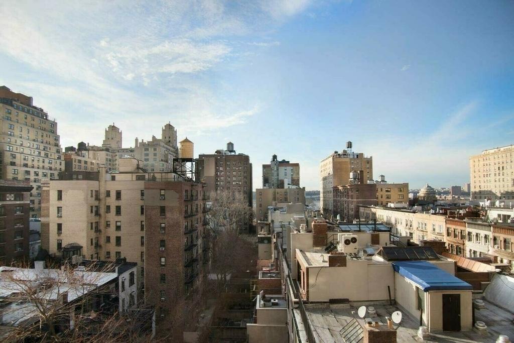 West End Avenue - Photo 9