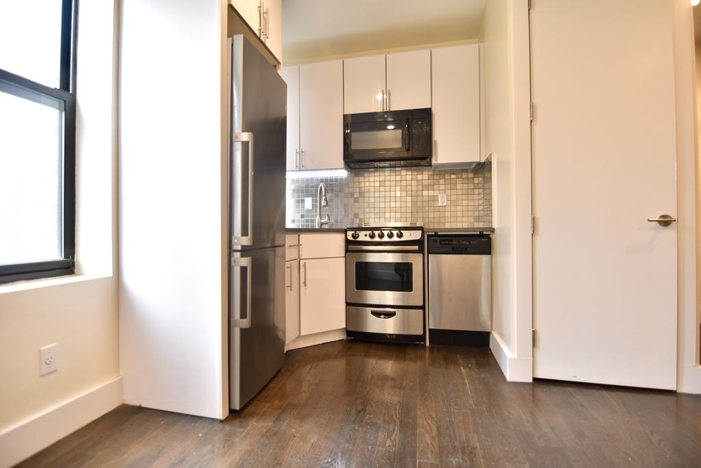 150 West 140th Street apt 3B - Photo 1