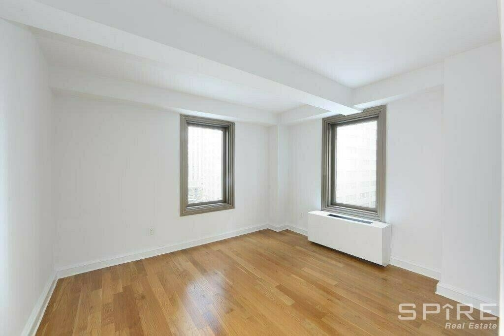 West 55th Street - Photo 4