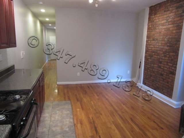 1257 Lincoln Place - Photo 4