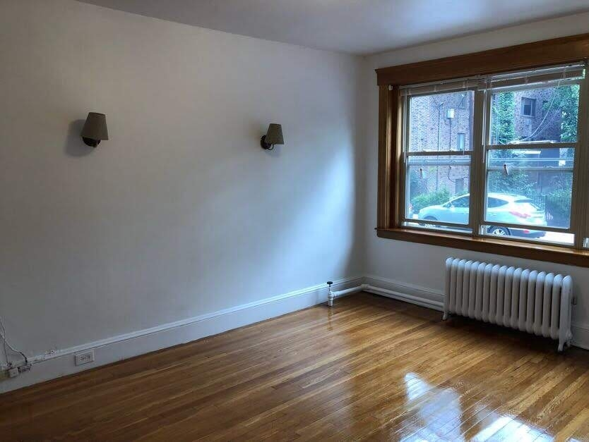 102 Hancock St. - Photo 2