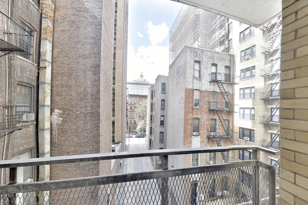 210 West 89th Street - Photo 5