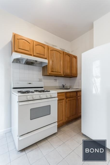 522 East 11th Street - Photo 3