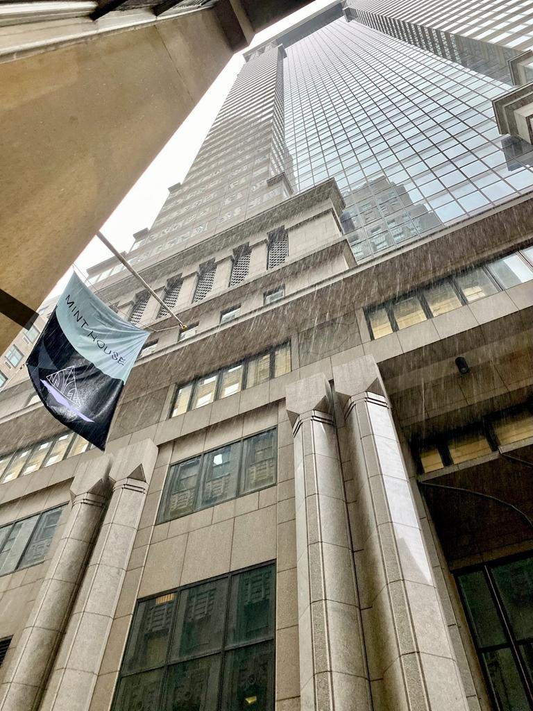 Architectural Digest April/'21 - Photo 11