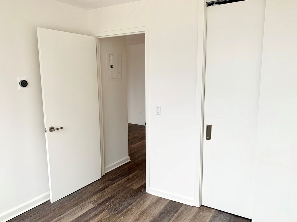 520 West 43rd Street - Photo 6