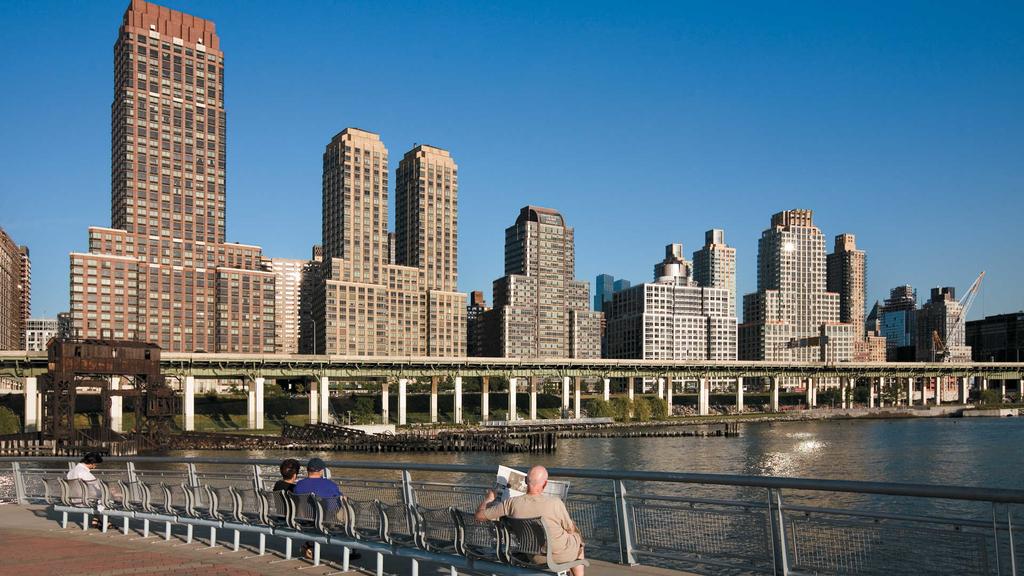 180 Riverside Blvd - Photo 3