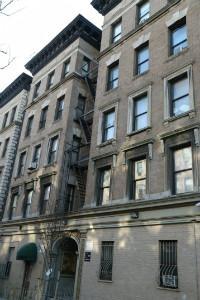 West 105th Street - Photo 1