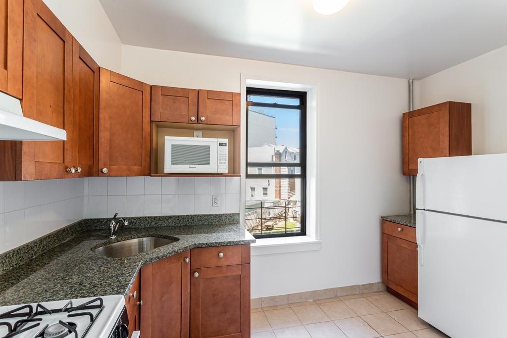 12-23 30th Avenue - Photo 3