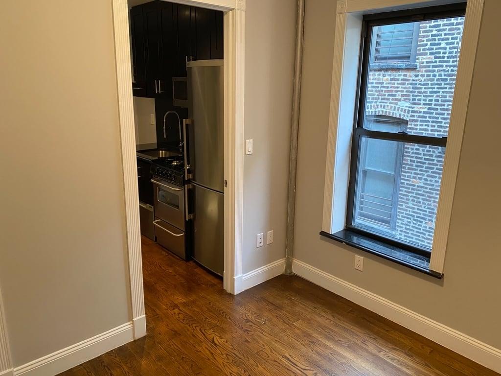 308 East 105th Street - Photo 4