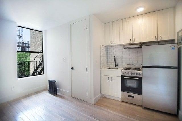 137 West 137th Street - Photo 3