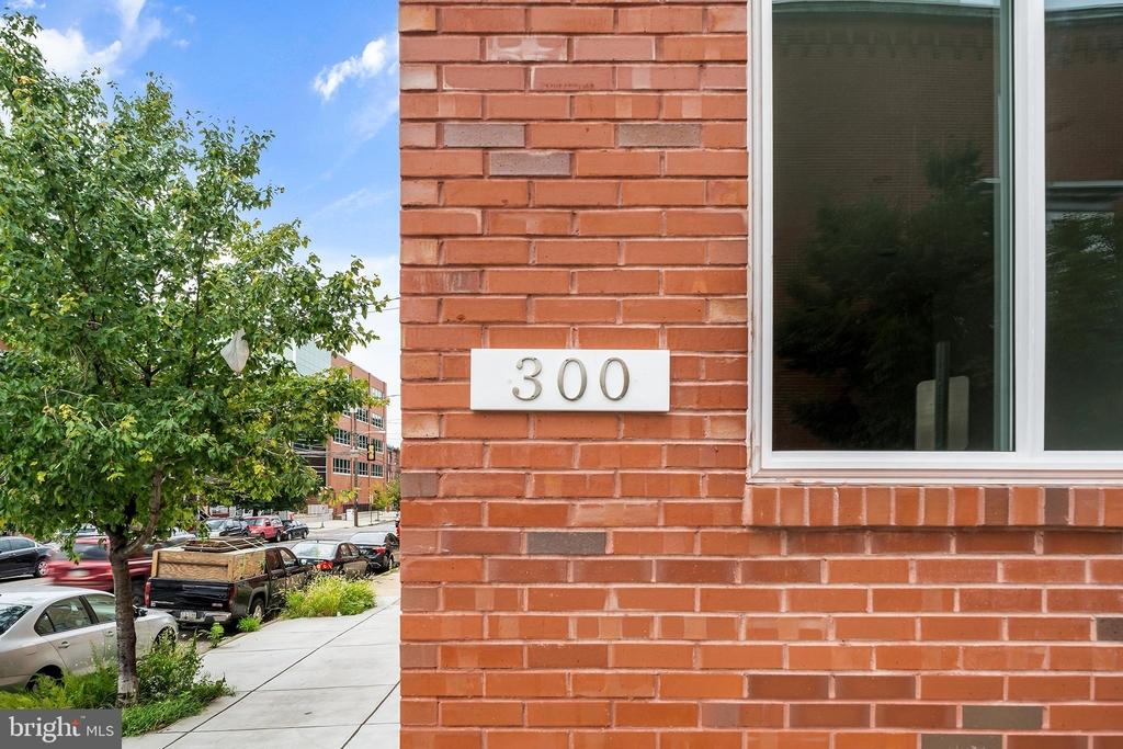 300 N Budd St - Photo 16
