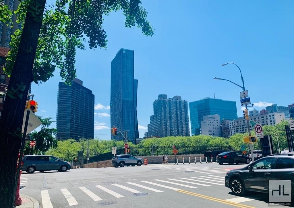 East 36th Street - Photo 1