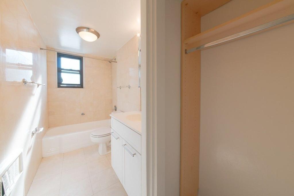 236 East 36th Street - Photo 2