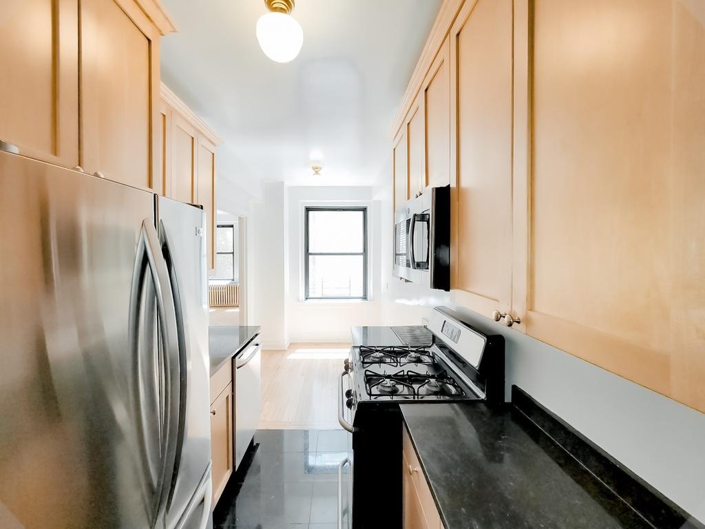 210 East 68th Street - Photo 2