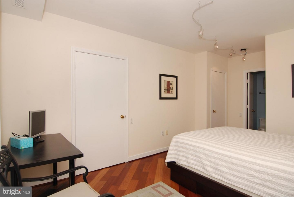 955 26th St Nw #710 - Photo 12