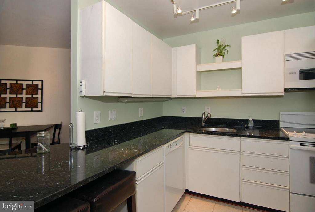955 26th St Nw #710 - Photo 9