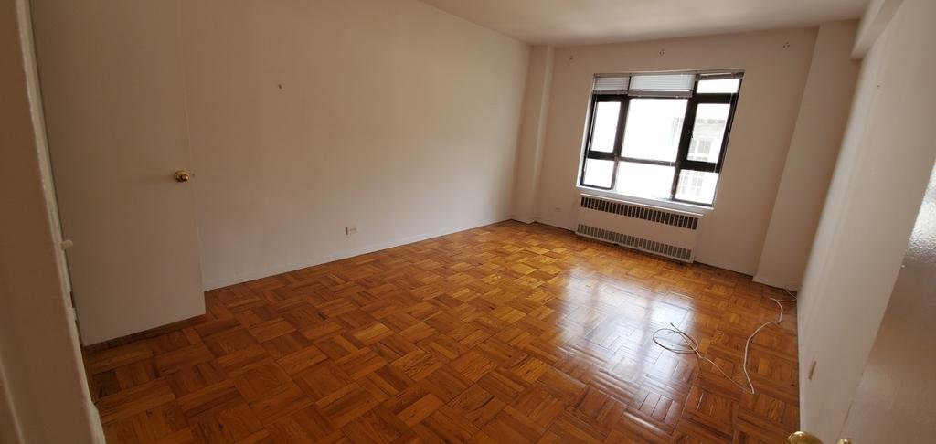 4 East 89th Street - Photo 2