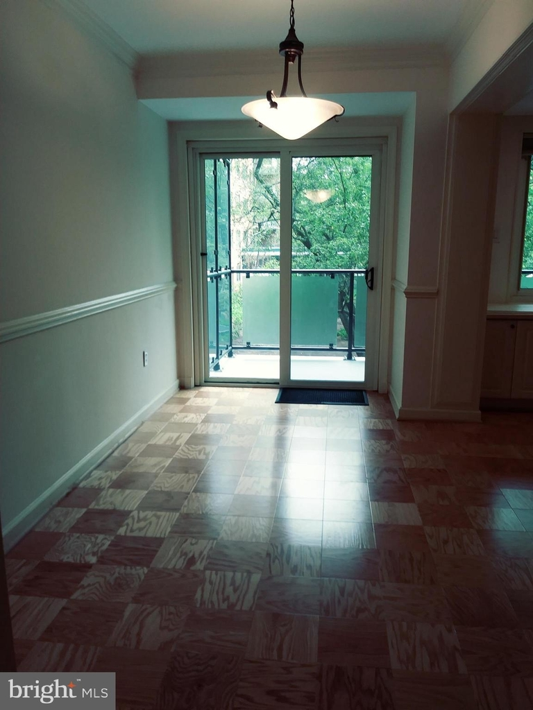 4201 Cathedral Avenue Nw - Photo 12