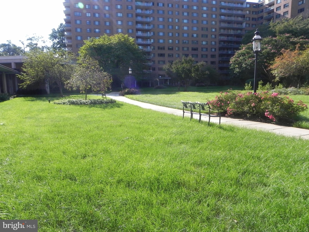 4201 Cathedral Avenue Nw - Photo 37