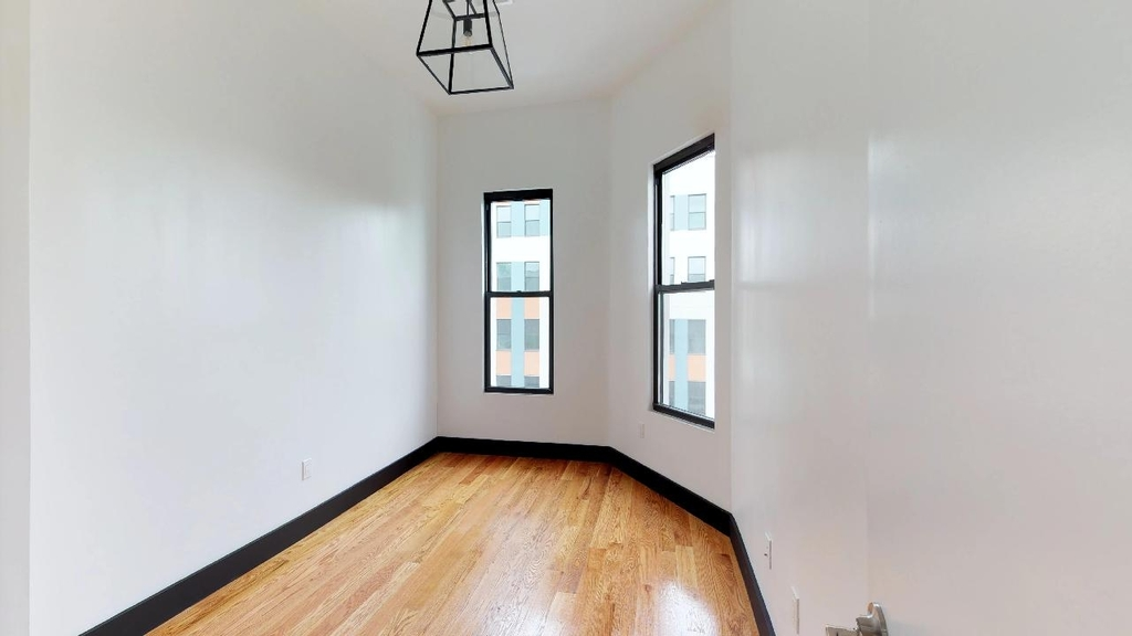 954 Madison Street - Photo 1