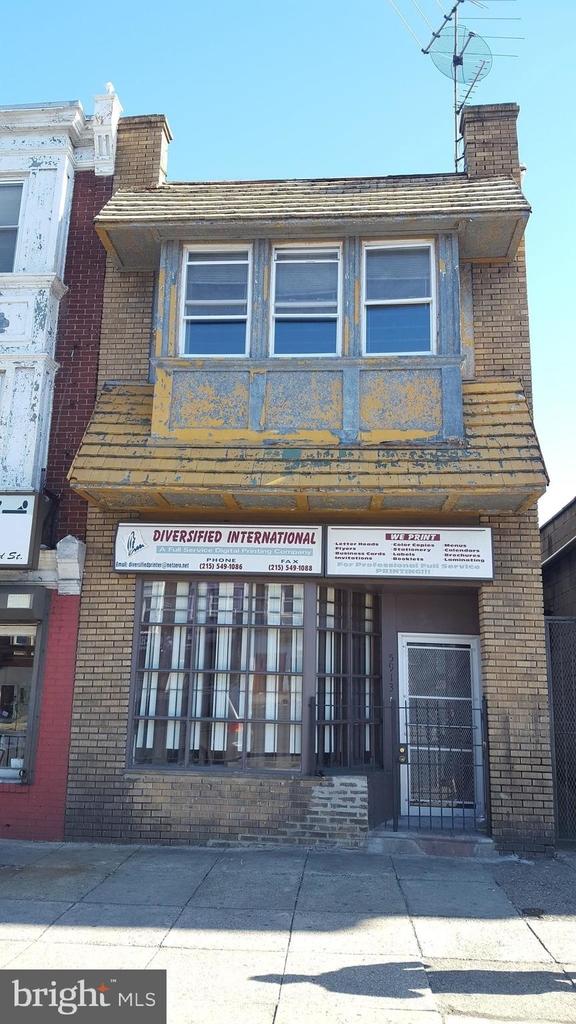 5913 N Broad Street - Photo 0