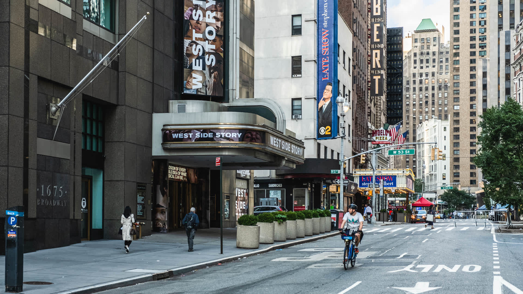 305 West 50th Street - Photo 41
