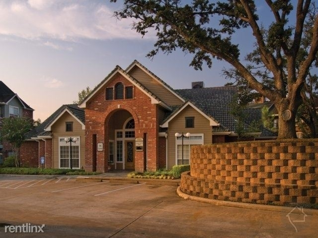 456 Wildwood Forest Dr - Photo 4