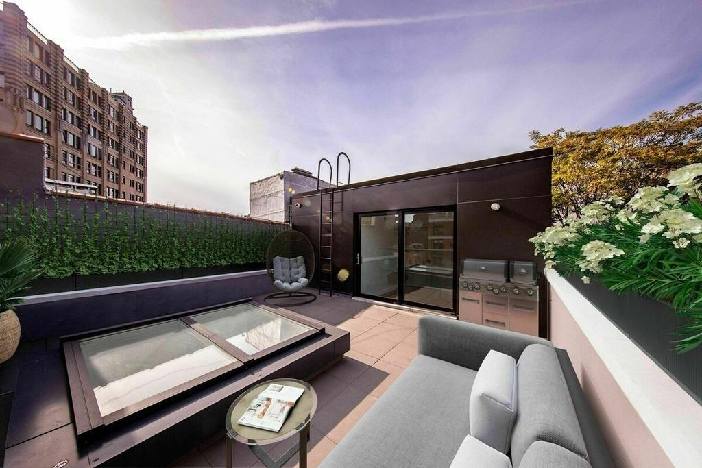 353 6th Avenue - Photo 2