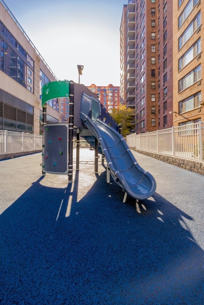 Columbus Avenue - Photo 7