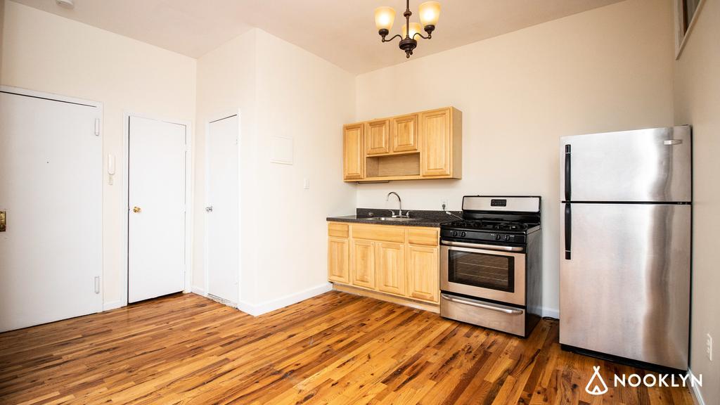 38 Nostrand Ave - Unit: 3 - Photo 10
