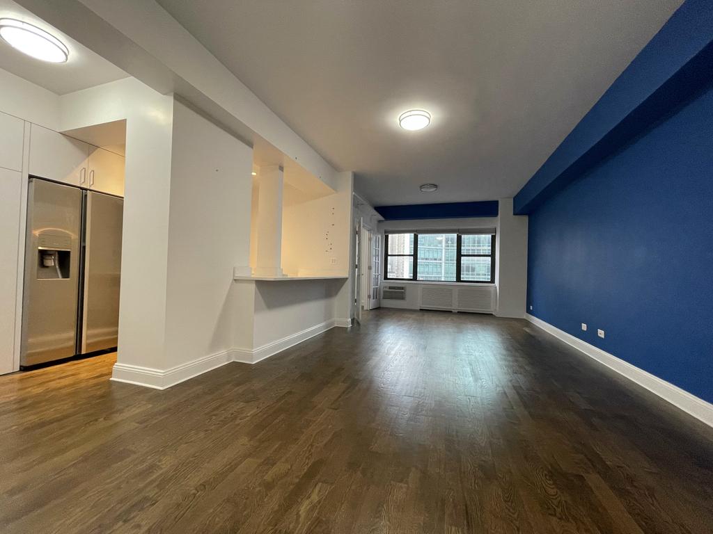 157 East 57th Street - Photo 2