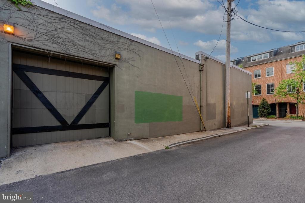 1720 Lancaster Street - Photo 34