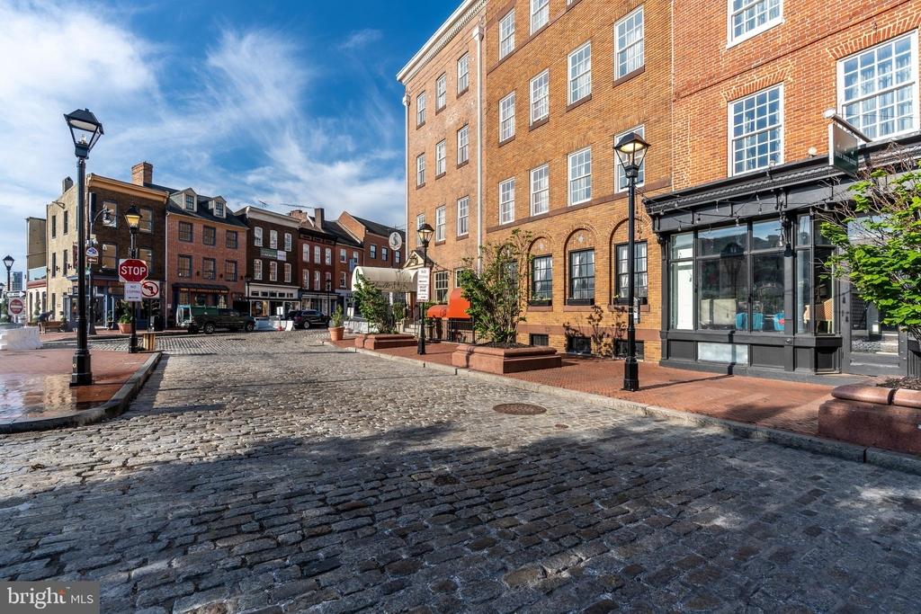 1720 Lancaster Street - Photo 60