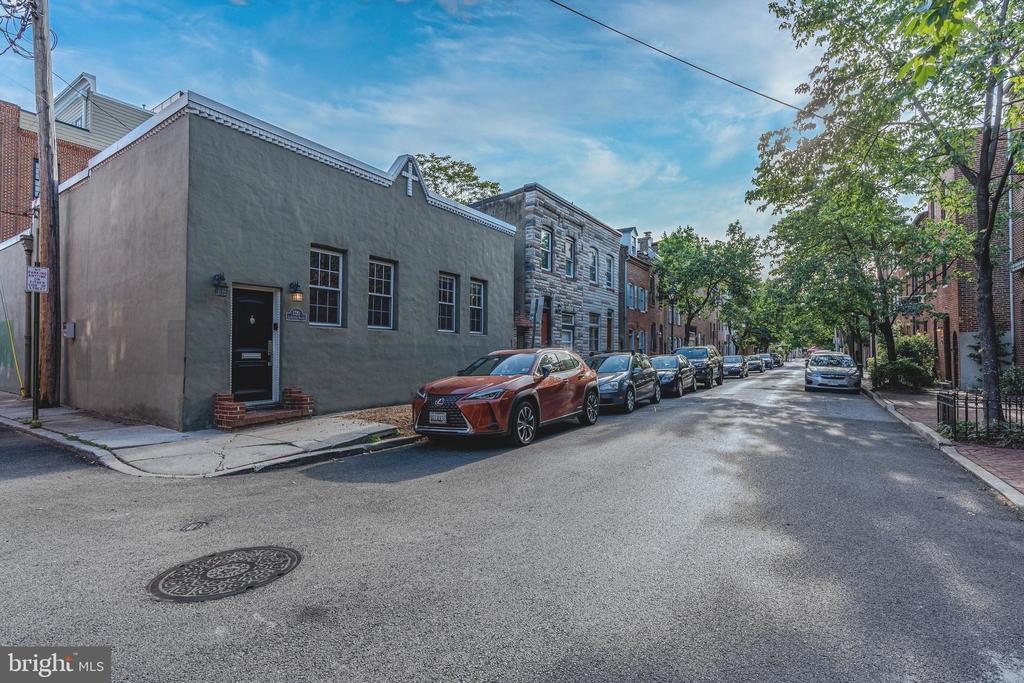 1720 Lancaster Street - Photo 0