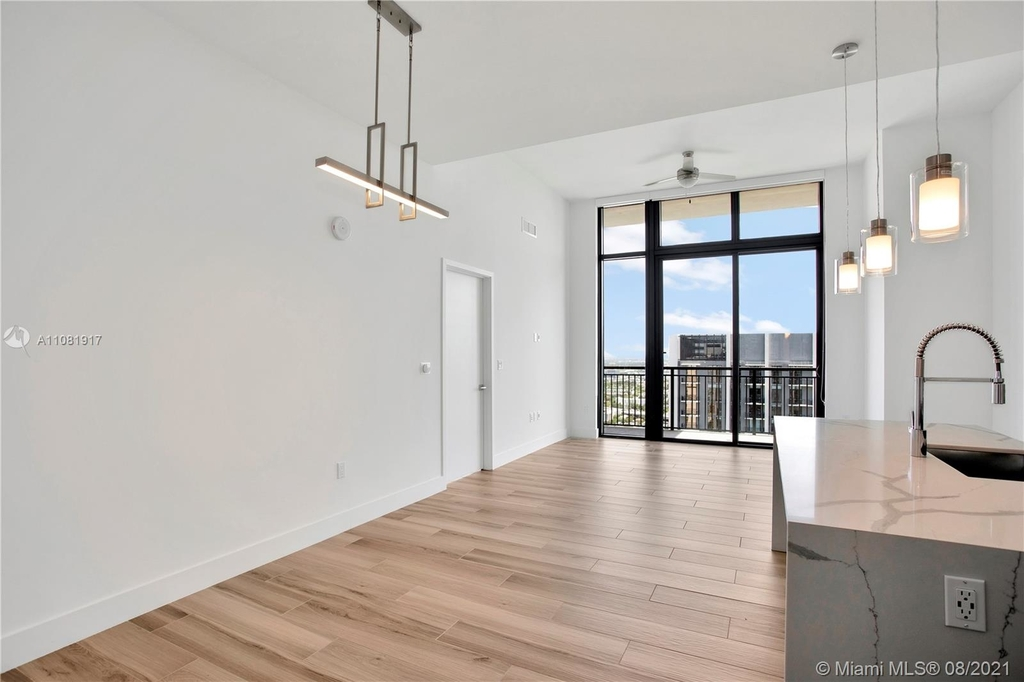 400 Nw 1st Ave - Photo 1