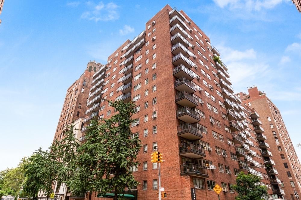 85 East End Avenue - Photo 8