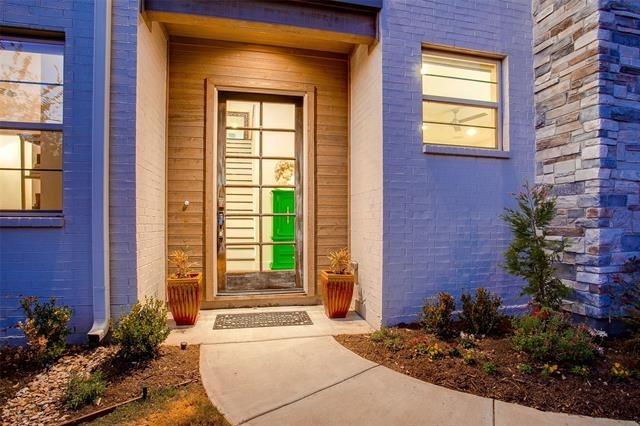 3823 Greenville Avenue - Photo 2