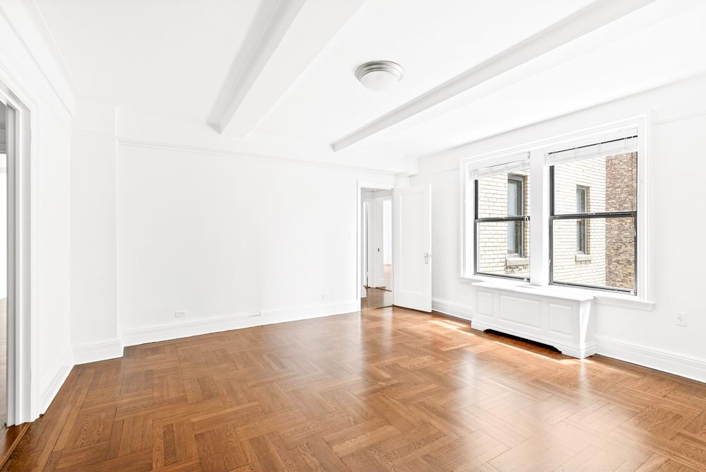 West 86th Street - Photo 1