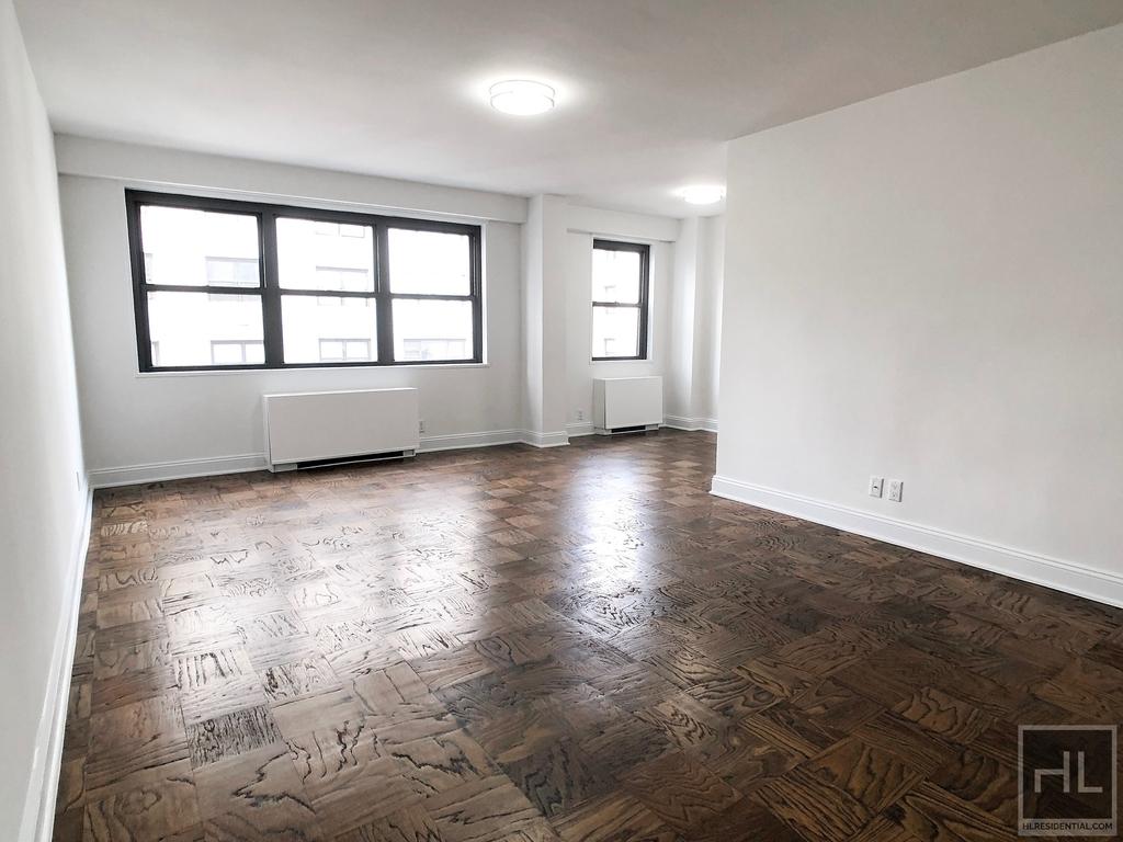 East 89th Street - Photo 0
