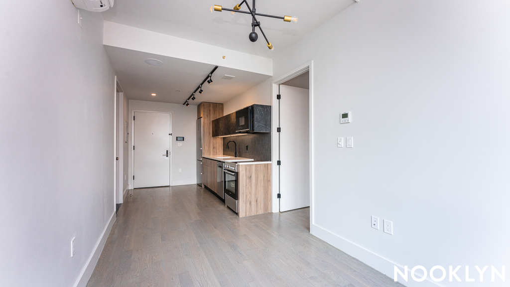 885 Rogers Ave - Photo 1