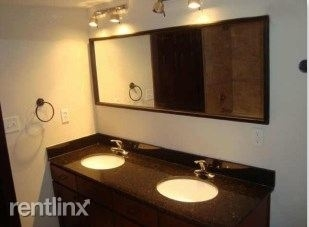110 Bagby St - Photo 6