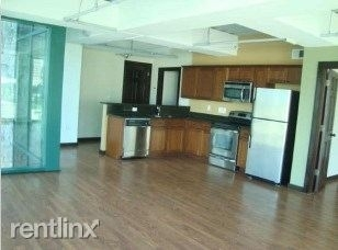 110 Bagby St - Photo 2