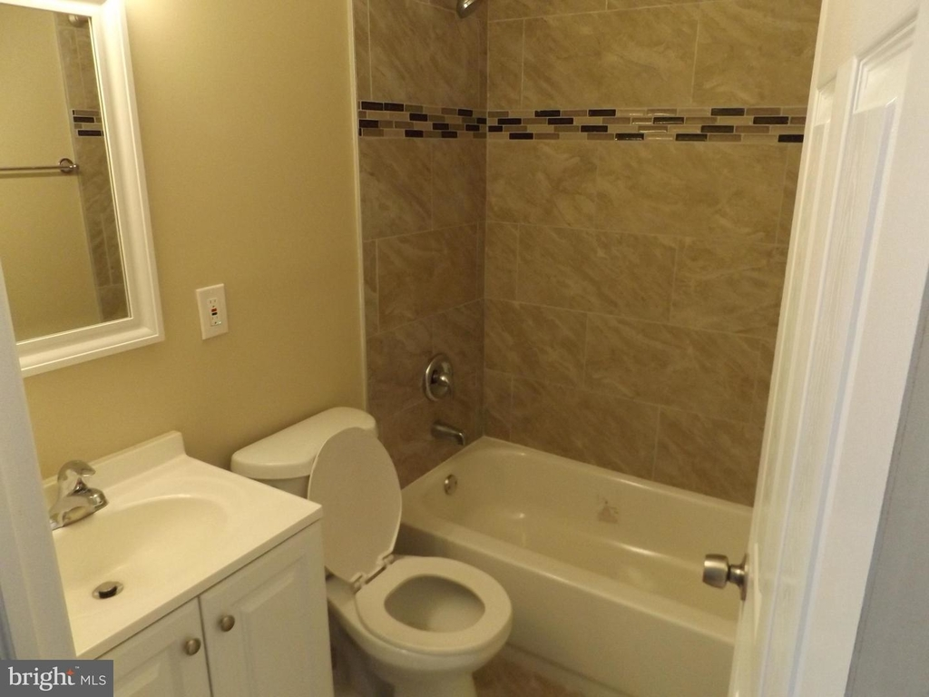 5632-unit # 2 Chester Ave #2 - Photo 24