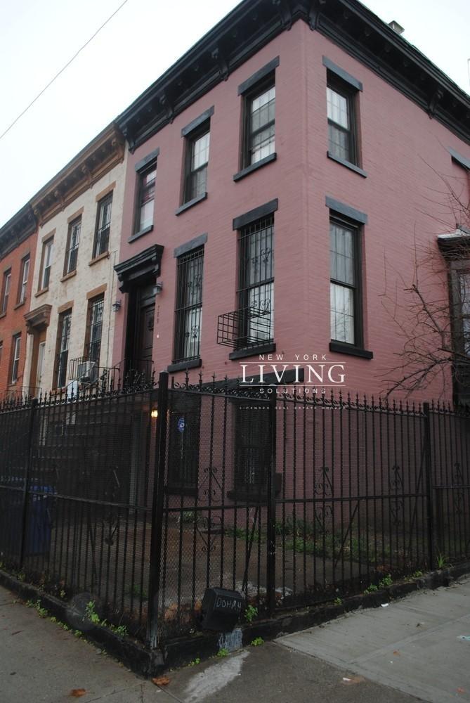 Greene Avenue - Photo 1