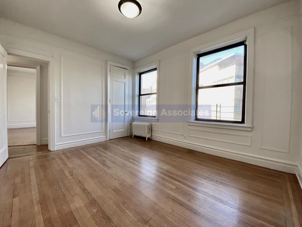 652 West 163rd Street - Photo 6
