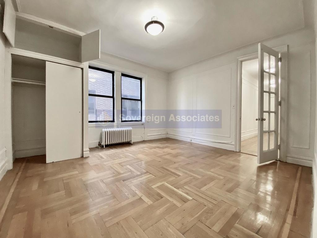 652 West 163rd Street - Photo 2